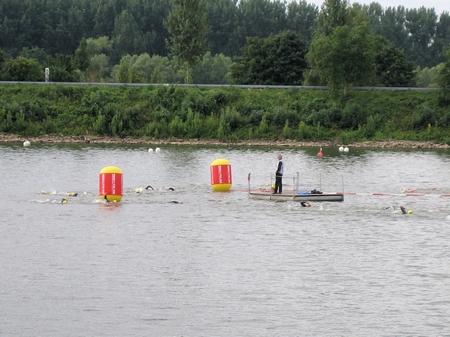 Wendepunkt Schwimmstrecke Ironman Wiesbaden 2008-1